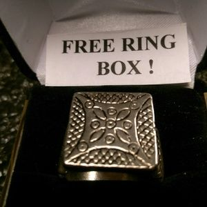 Other - Tibet Silver Ring- Square w Side Designs - Size 7